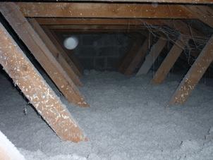 Zoldervloerisolatie - renovatie - met cellulose vlokken te Mol